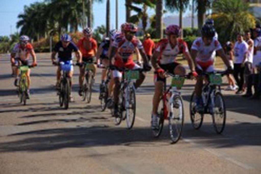 Ciclismo movimentou o domingo em Campo Verde