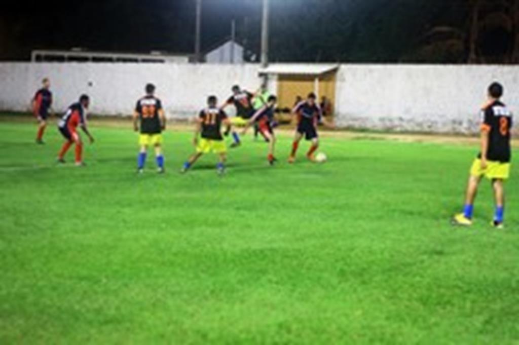 Granja Campo Verde/Granja Bordignon e Tornearia Paraná estão na semifinal da Copa Comércio