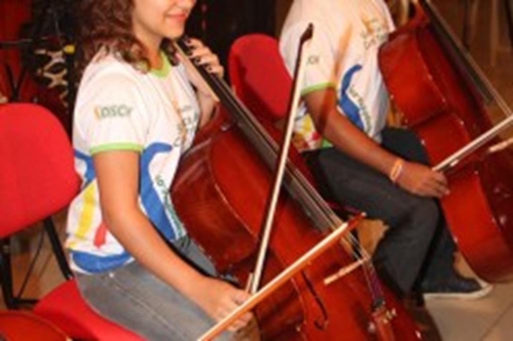 Apresentação Orquestra Jovem