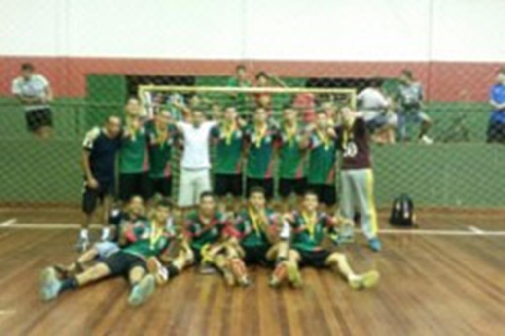 Campo Verde conquista título estadual no handebol
