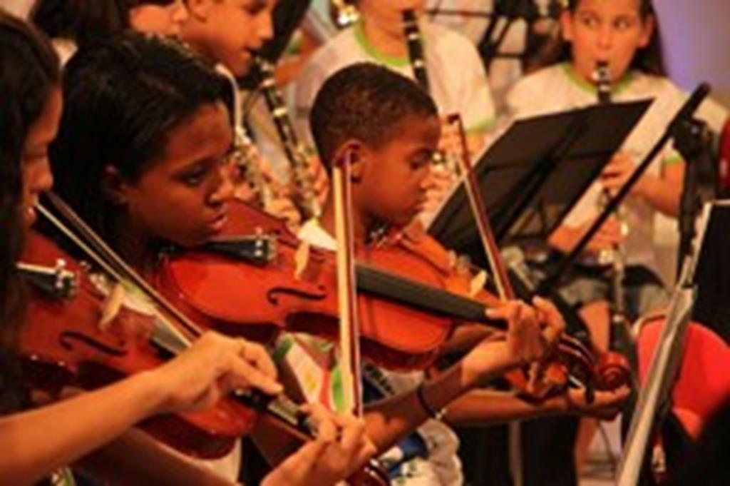 Orquestra Sinfônica Jovem de Campo Verde realiza recital nesta sexta-feira
