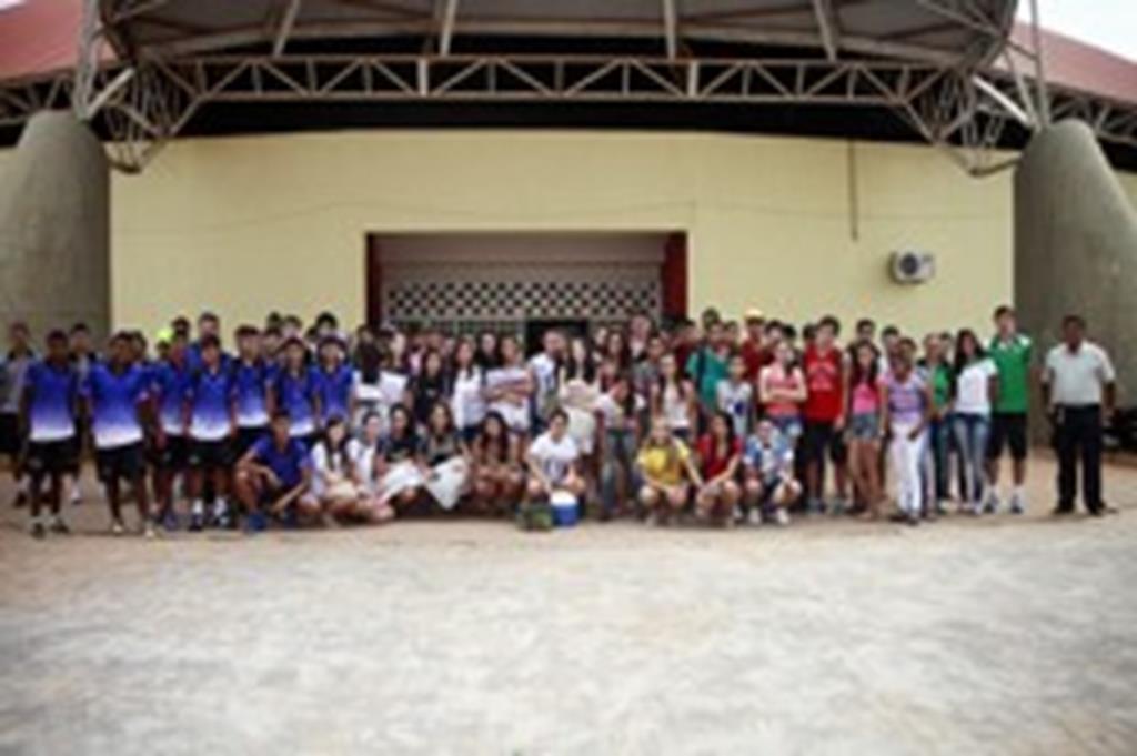 Equipes de Campo Verde disputam Jogos Escolares em Paranatinga