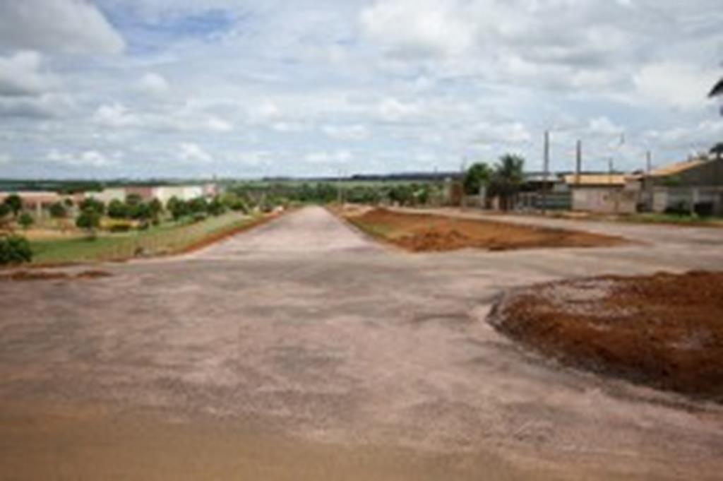 Prefeitura conclui asfalto na Ayrton Senna