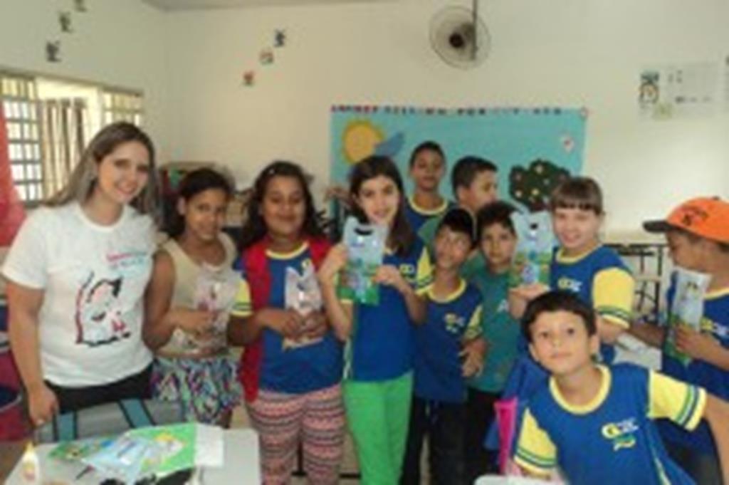 Projeto leva orientação sobre saúde bucal a estudantes