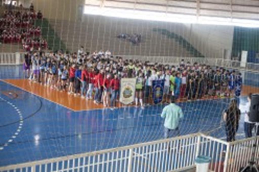 Jogos Escolares Municipais têm início com a participação de mais de 200 atletas
