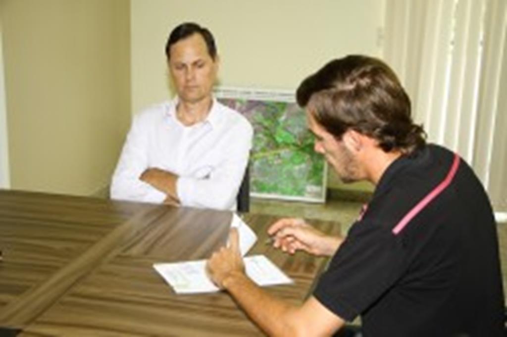 Prefeitura de Campo Verde firma comodato com indústria de conservas