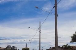 Prefeitura instala iluminação na Rua Arapongas
