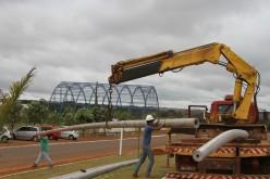 Prefeitura instala superpostes na Avenida Ayrton Senna
