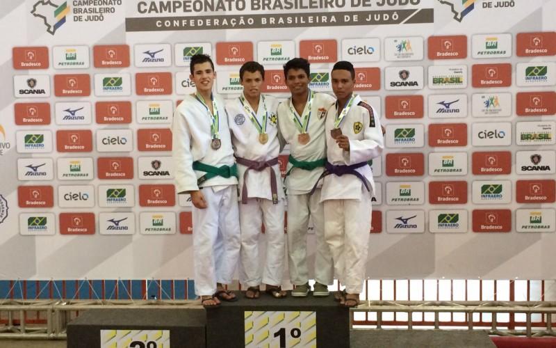 Judoca de Campo Verde conquista título brasileiro