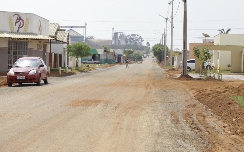 Asfalto no São Miguel chega à Rua Pardal