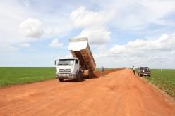 Prefeitura recupera estrada na região da Granja 4