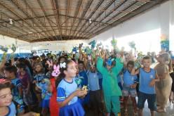 Doação de ovos de páscoa surpreende alunos da zona rural de Campo Verde