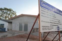 Banheiros são construídos na Escola Paraíso