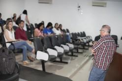 Servidores da Saúde participam de debate sobe a hanseníase