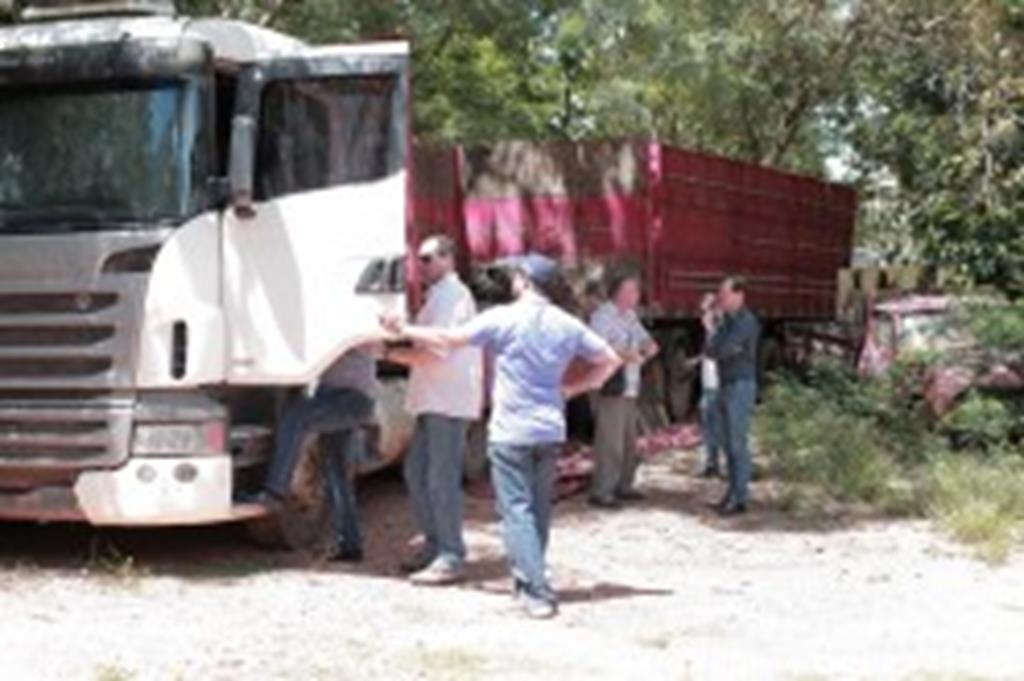Campo Verde recebe carreta do IBAMA
