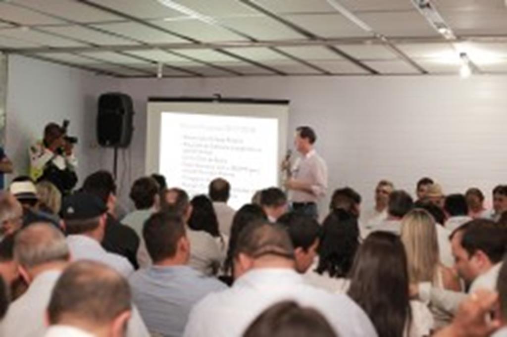 Fábio Schroeter apresenta metas para o CORESS e recebe apoio de parlamentares e do governador Pedro Taques
