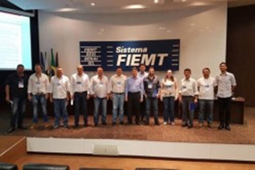 Vice-prefeito e secretário de Indústria, Comércio e Turismo participam de reunião na FIEMT