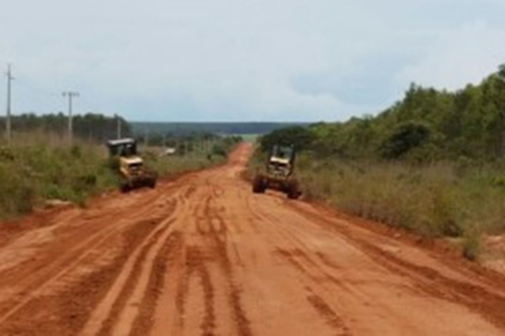 Estradas são recuperadas na zona rural de Campo Verde