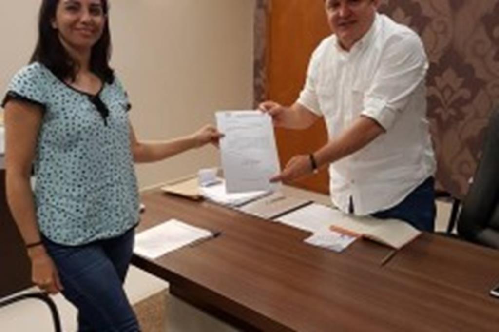 Secretária de Assistência Social apresenta reivindicações ao secretário Max Russi