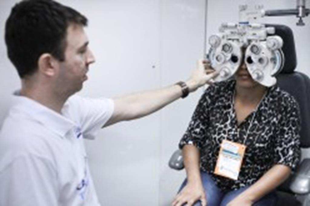 Pacientes atendidos pela Caravana da Transformação retornam para revisão