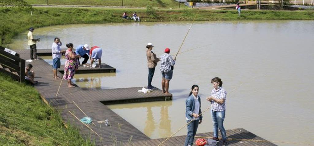 Pacientes do CAPS têm manhã de pescaria