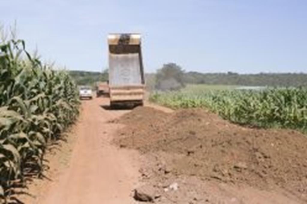 Estradas são recuperadas no interior do Município