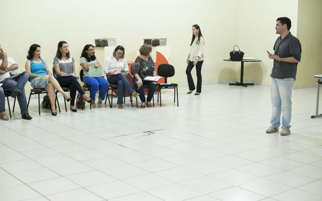 Professores participam de workshop sobre Projetos Baú das Artes e Nau dos Mestres