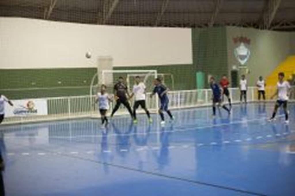 Taça Cidade de Futsal teve goleada na rodada de abertura