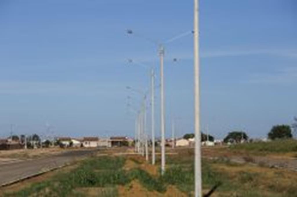 Prefeitura de Campo Verde investe na instalação de superpostes na Avenida São Cristóvão
