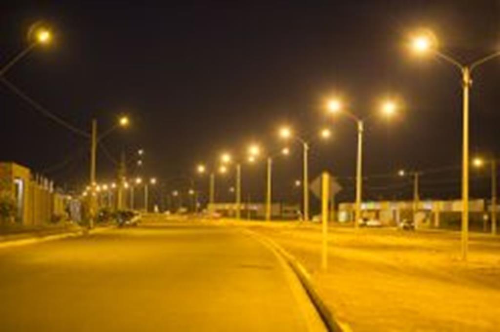 Instalação de superpostes é concluída na São Cristóvão