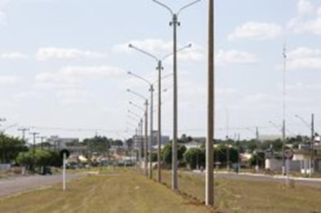 Av. Mato Grosso recebe investimentos em iluminação