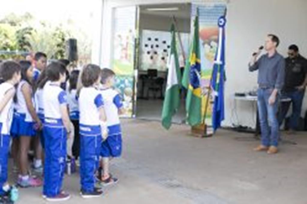 Prefeito Fábio participa de Ato Cívico em comemoração à Semana da Pátria