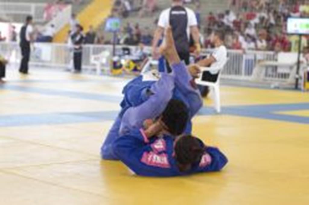Jiu-jitsu de Campo Verde conquista 22 medalhas na 3ª etapa do Estadual