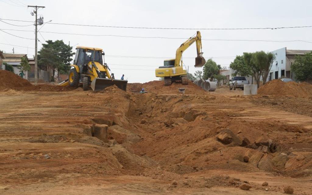 Prefeitura transforma bairro São Miguel em canteiro de obra