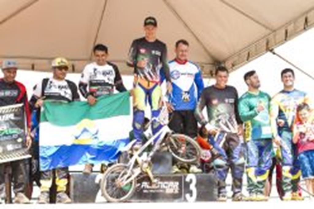 Etapa do Estadual de Bicicross teve a participação de 90 competidores