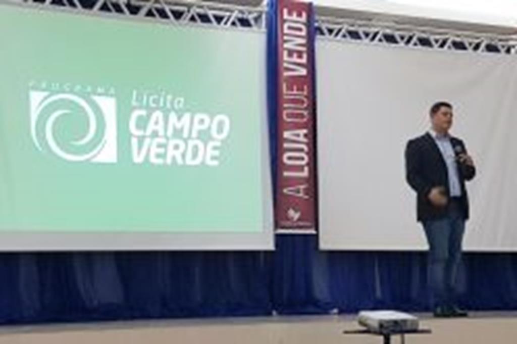 Programa de compras governamentais implantado em Campo Verde foi tema de palestras em simpósio acadêmico