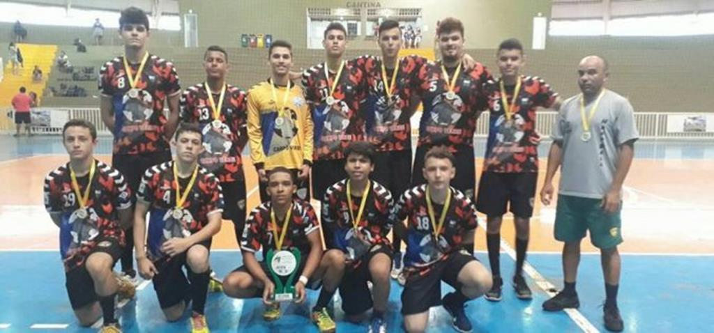 Campo Verde conquista títulos em duas categorias no Estadual de Handebol