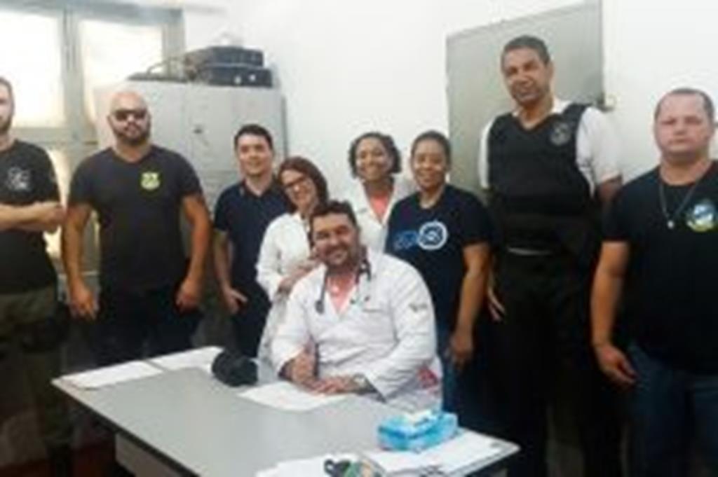 Detentos da Cadeia Pública de Dom Aquino são atendidos por equipe médica de Campo  Verde