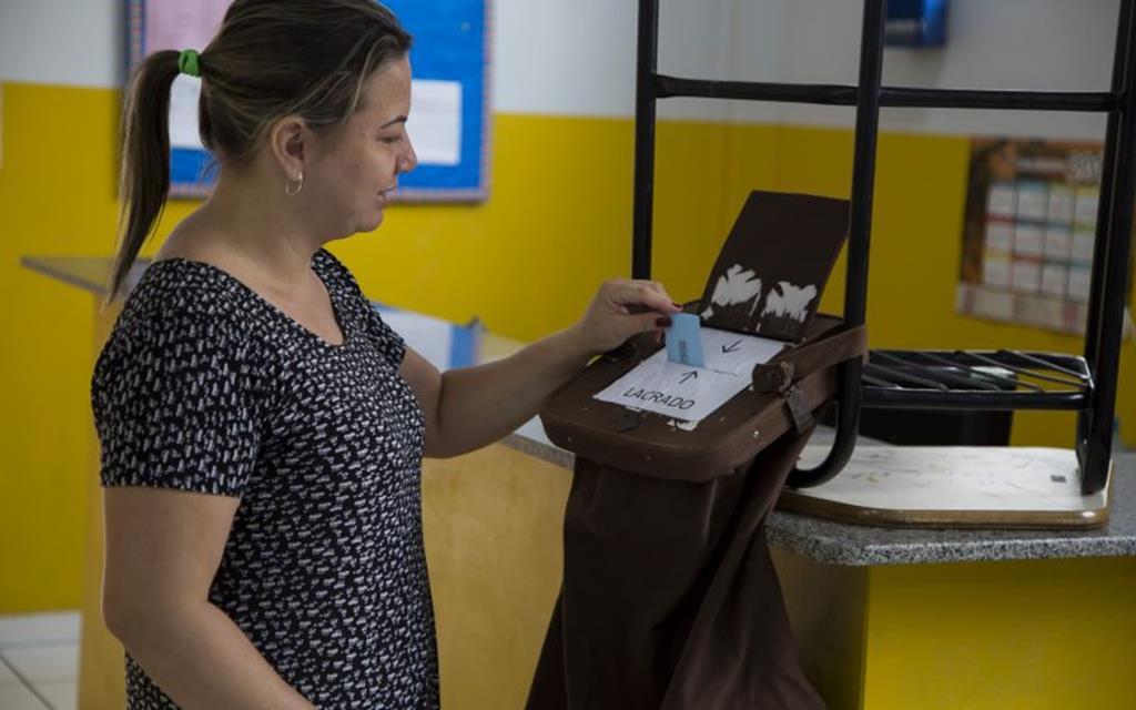 Escolas realizam eleição para diretores e coordenadores