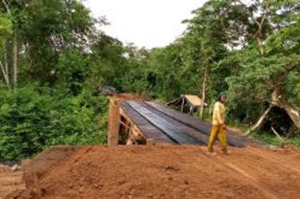 SMOV adianta serviços e tráfego é liberado na ponte do Peraputanga