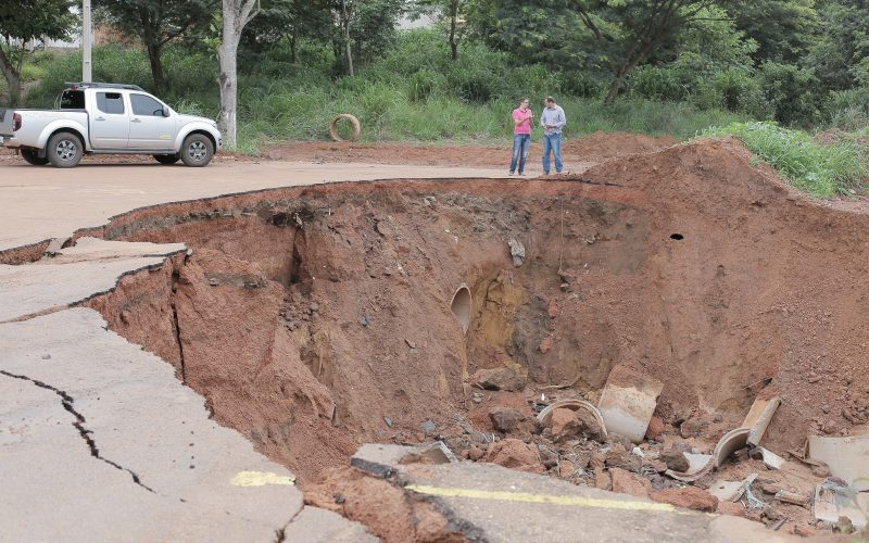 Recuperação de danos causados pelas chuvas depende da melhora do tempo