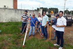 Prefeitura adquire estação topográfica computadorizada para Secretaria de Obras e Viação
