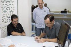 Prefeito assina escritura de área para ampliação do Distrito Industrial II