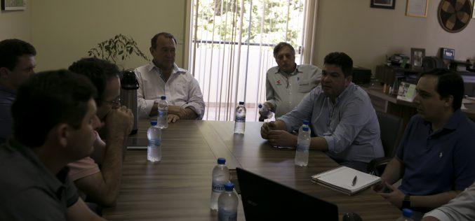 Empresa sinaliza investimentos de R$ 300 milhões na implantação de um frigorífico de aves em Campo Verde
