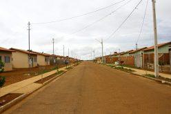 Famílias do Santa Rosa e do São Miguel receberão contratos e auto de conclusão dos imóveis
