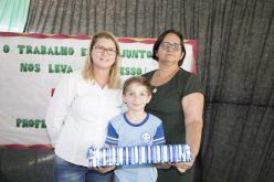 "Aluno da Escola Monteiro Lobato recebe prêmio nacional do ""Programa Campo Limpo"""