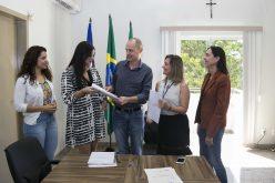 Prefeito recebe estudo para revisão do Plano Diretor de Campo Verde