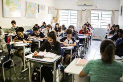 Escolas Monteiro Lobato e São Lourenço serão contempladas com novas carteiras escolares