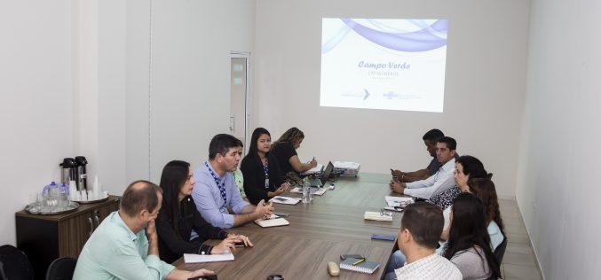 """""""Campo Verde em Números"""" é apresentado ao prefeito e a secretários municipais"""