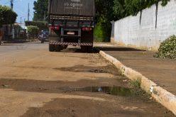 SEDAM/CV dá prazo de 48 horas para que empresa se manifeste sobre água jogada na rua